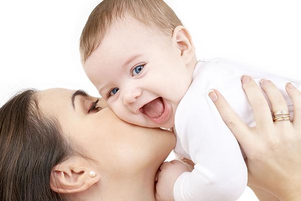 madre e hijo y padre